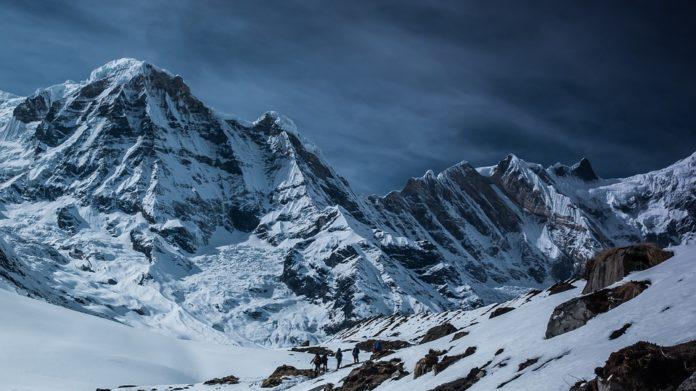 world-mountain-peaks